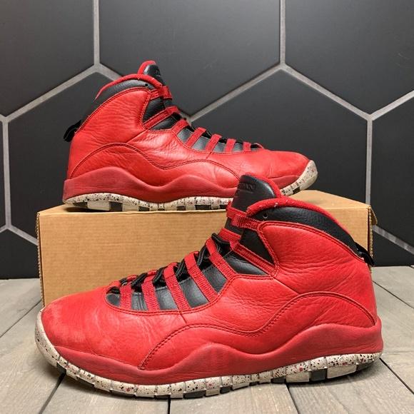 Air Jordan 10 Bulls Over Broadway Shoe Size 10